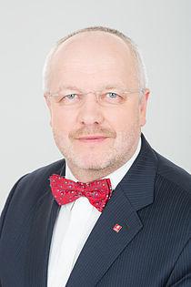 """Paranojos kampaniją """"rusai puola"""" biudžeto pinigais apmoka KAM ministras J.Olekas"""