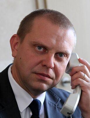 Prezidentūra nuslėpė, kad Seimui tvirtinti pateiktas teisėjas N.Meilutis paminėtas kaip galimas kyšio gavėjas (pildoma)