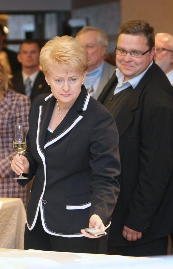 """V.Antonovas : """"AB banko SNORAS užgrobimas ir nacionalizavimas, privedęs prie banko bankroto –  prezidentės Dalios Grybauskaitės suplanuotas sąmokslas"""""""