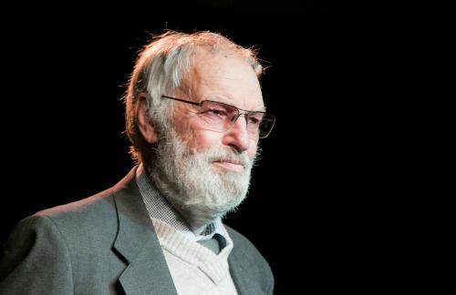 Kodėl Nacionalinės premijos laureatui, kino ir teatro legendai, aktoriui Regimantui ADOMAIČIUI truputį gaila lietuvių ir Lietuvos?