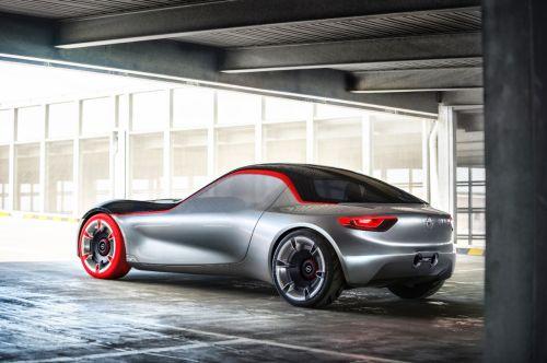 """Koncepcinis """"Opel GT"""": štai kaip atrodys sportinis ateities automobilis"""