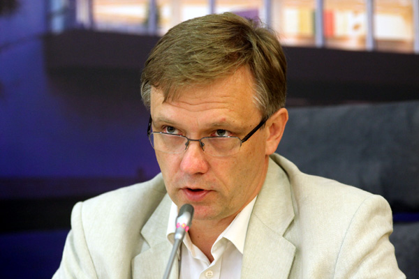 "Z.Vaišvila pratrūko : ""Neringa Venckienė yra V.Landsbergio projektas"""