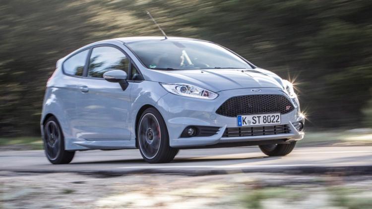 """""""Ford Fiesta"""": keturiasdešimt sėkmės metų"""