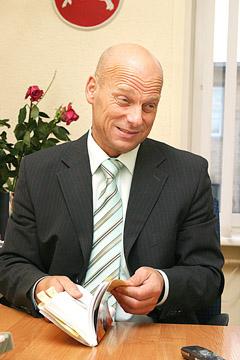 Šiaulių apygardos teisme – nusikaltimų virtinė, nuosprendį pasirašė teisėjas, net nedalyvavęs byloje, jį melu gelbėja teismo pirmininkas