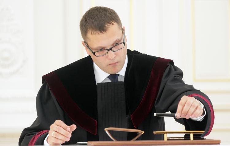 """Teismas A.Sadeckui : """"Viešų nuotraukų  publikavimas  nuomonės  kontekste  negali   būti   laikomas žeminančiu"""""""