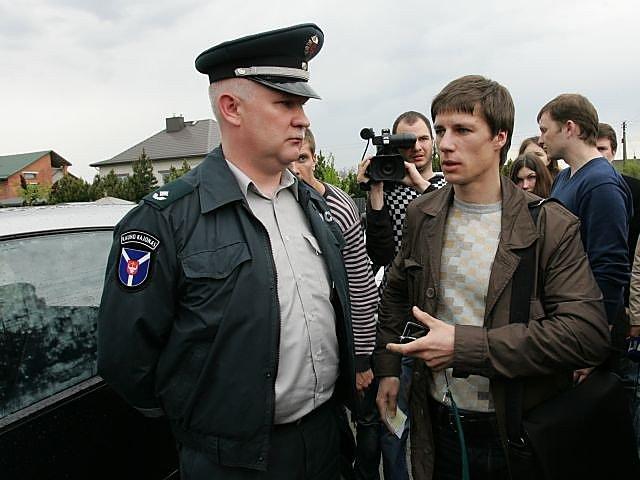 """Garliavos policijos nuovados viršininkas  Sergejus Lemziakovas : """"Dabar, Jokimai, tu karsies, o mes tave gelbėsime""""."""