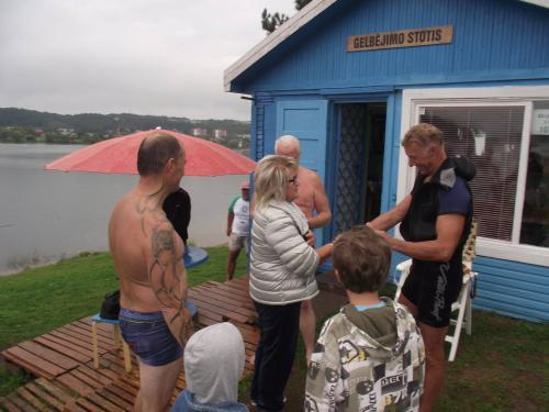 Įvyko Drąsiaus Kedžio atminimui surengtas plaukimas