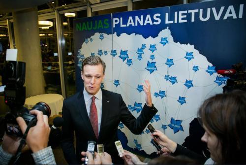 """Valdas Anelauskas: """"Po kiekvienų rinkimų situacija Lietuvoje tik blogėja, valdžioje išlieka politikieriai, sugriovę Tautos pasitikėjimą valstybės ateitimi!.."""""""