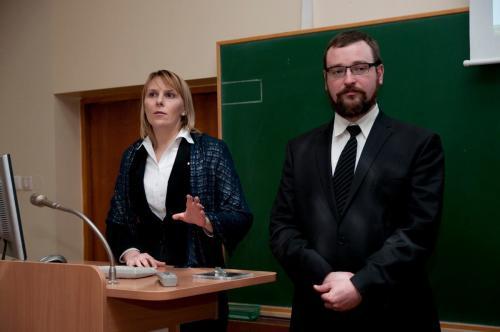 Lietuvos bibliotekas jau kontroliuoja kariškiai