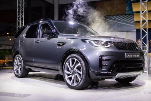 """Naujasis šeimos visureigis """"Land Rover Discovery"""" atvyko"""