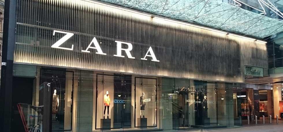 """Bronis Ropė: """"Zara"""" prekės ženklo savininkai išvengė sumokėti mažiausiai 585 milijonus eurų mokesčių"""