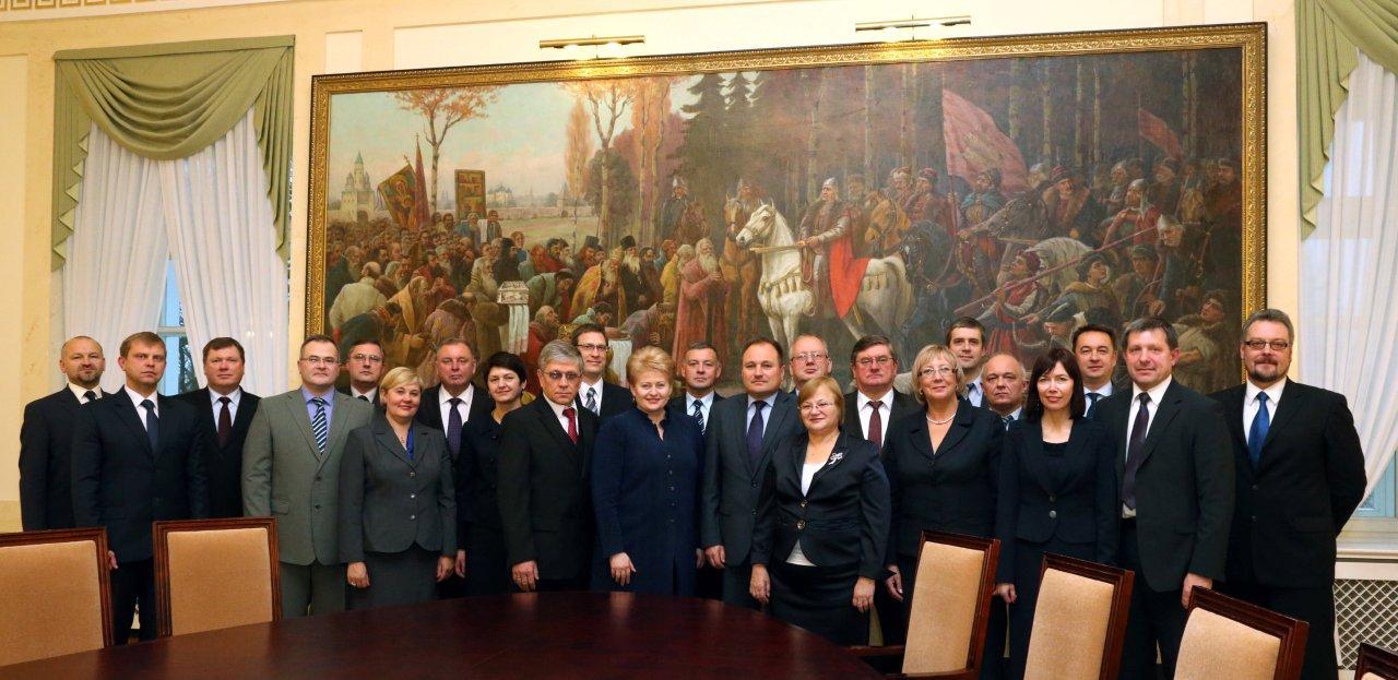 Visas Vilniaus apygardos teismas – banditų gauja