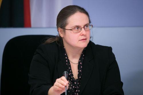 """Agnė Širinskienė: """"Realių pokyčių vaiko teisių apsaugoje neįvyko, todėl keliu kontrolierės E. Žiobienės atsakomybės klausimą"""""""