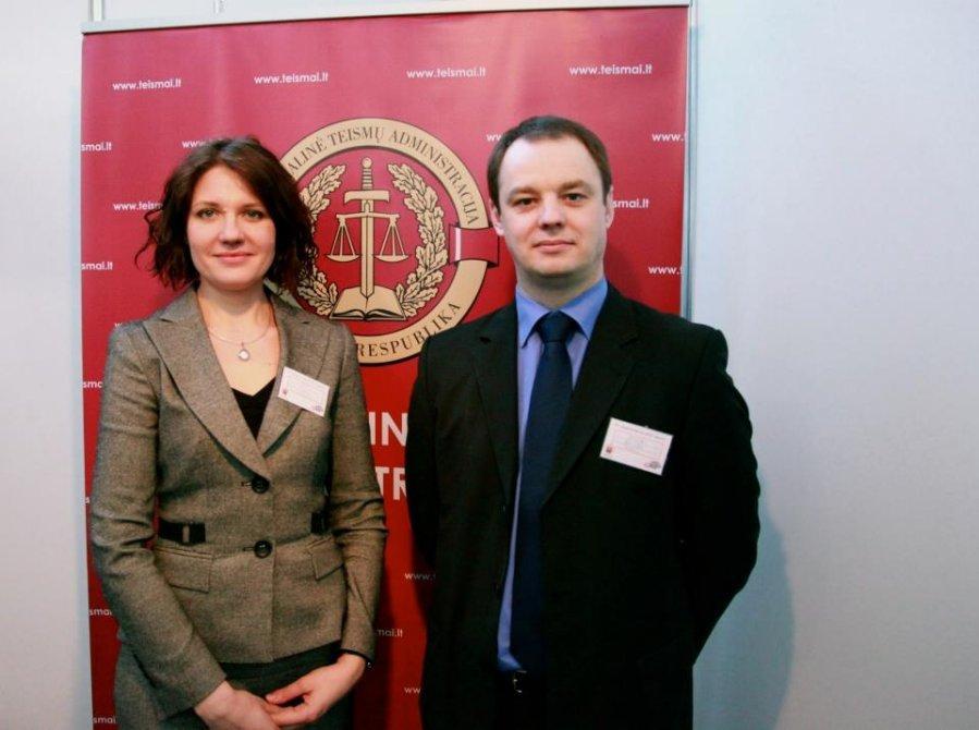 Teisėja G.Čėsnienė priteisė LL redaktoriui A.Drižiui 300 eurų kompensaciją už trijų metų persekiojimą ir 45 parų arešto bausmę