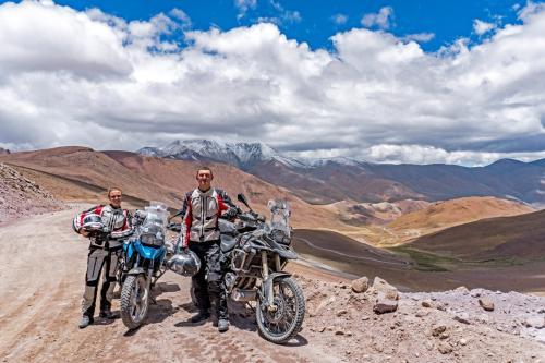 Motociklais aplink pasaulį: naujas rekordinės kelionės etapas Šiaurės Amerikoje