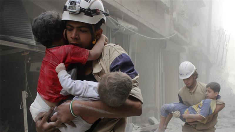 """Švedijos gydytojai : Sirijos """"Baltųjų šalmų"""" vaikų gelbėjimo operacijos yra klastotė ir manipuliacija"""