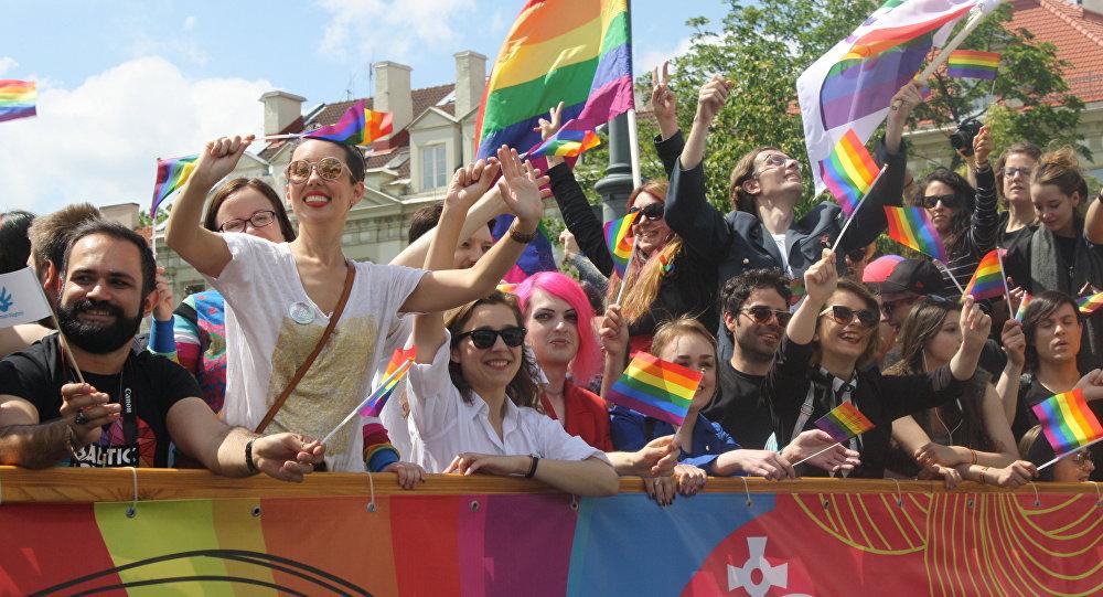Visame pasaulyje Pergalės diena, Lietuvoje — gėjų eitynės