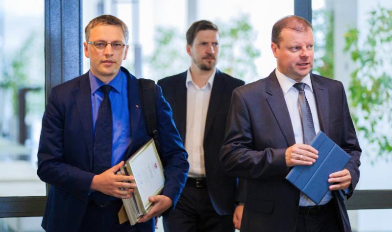 Kodėl Vytautas Bakas yra idiotas, arba dar blogiau – apsimeta idiotu?