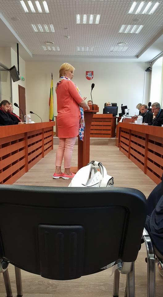 """Rūta Janutienė: """"Teisėsauga vengė ir tebevengia atsakyti, kuri iš versijų – """"pedofilai prievartavo Deimantę ir jos pusseserę"""" ar """"pedofilijos nebuvo"""" yra teisingos""""."""