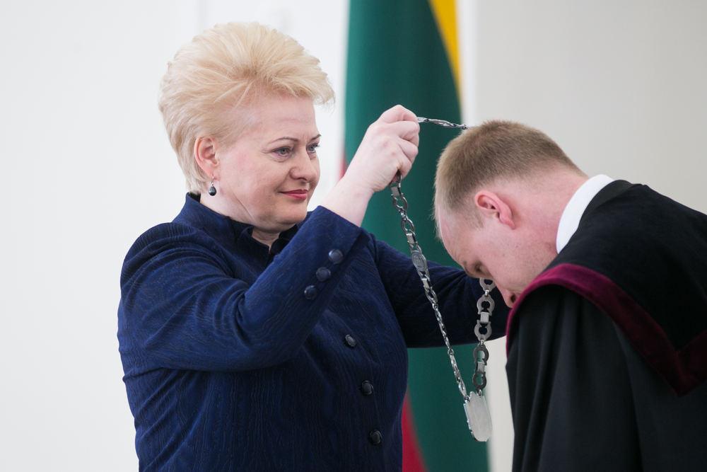 Kada Dalia Grybauskaitė bėgs iš Lietuvos?