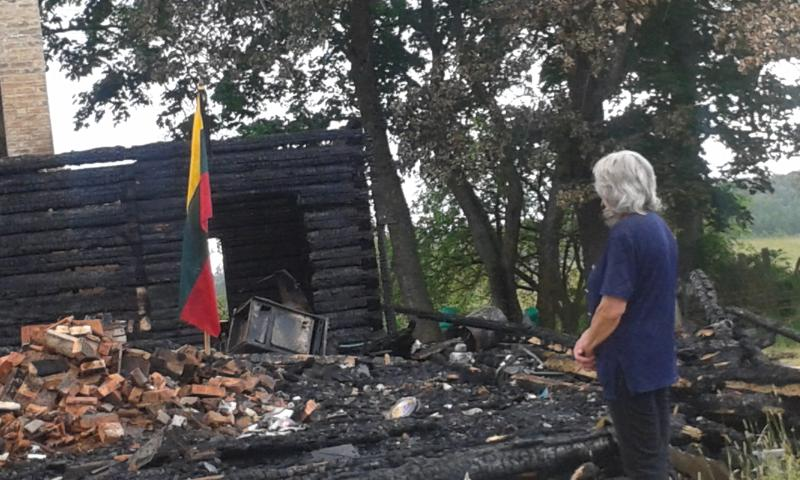 """Žemės sklypai Zarasų rajone ant ežero kranto atiminėjami teismų ir """"raudono gaidžio"""" pagalba"""