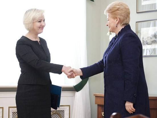 Vašingtone arbitražo teisme D.Korsakaitė paliudijo, kad D.Grybauskaitė naudoja teisėsaugą šantažui ir spaudimui