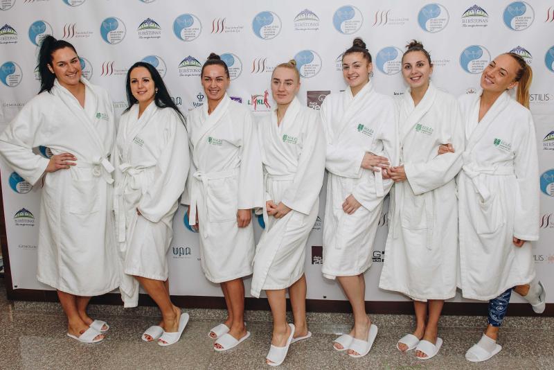 Lietuvos SPA masažuotojų čempionate geriausio masažuotojo titulą pelnė kineziterapeutė dirbanti Birštone