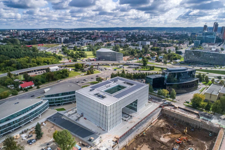"""""""M.M.M. projektai"""" steigia valdymo įmonę – siūlys investuoti tik į tvarius NT projektus"""