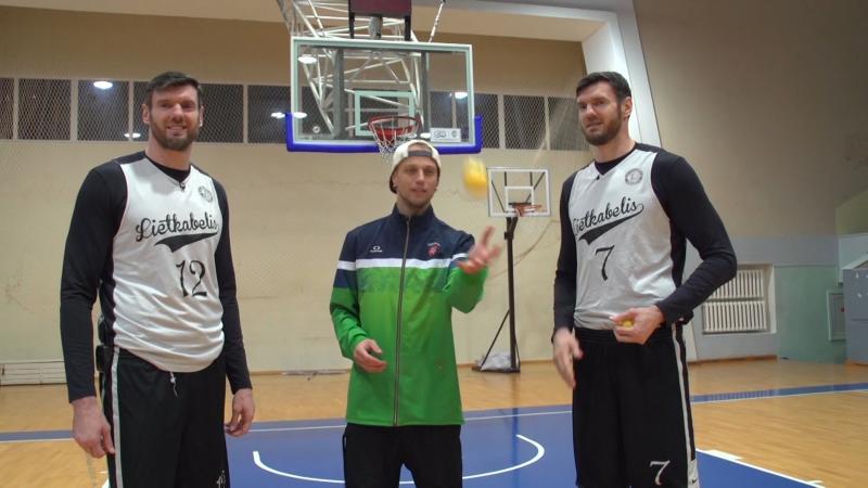Broliai Lavrinovičiai – individualus sportas kur kas sunkesnis nei komandinis