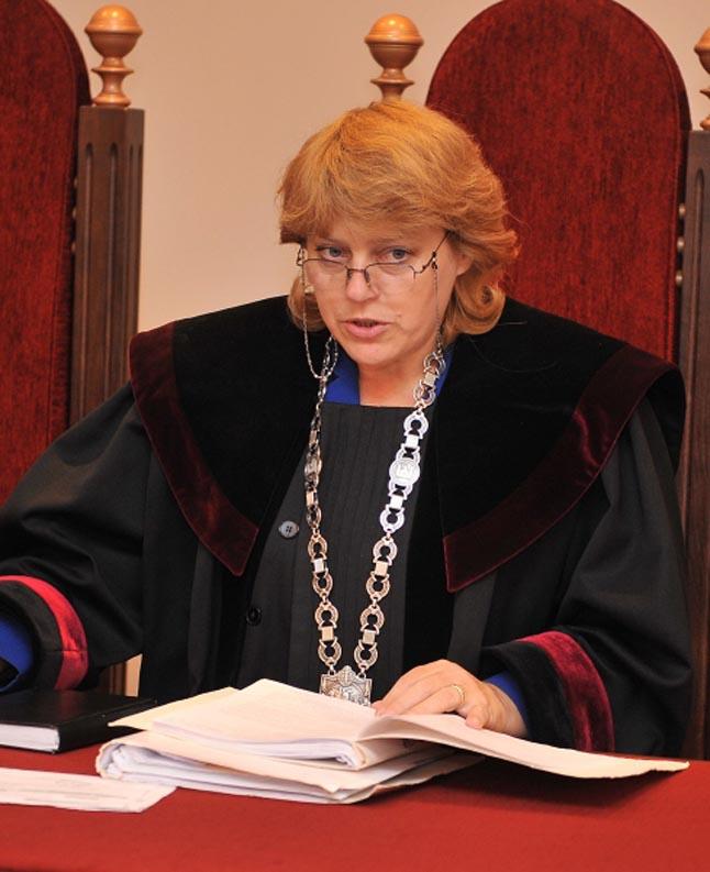 Dėl Vilniaus apygardos teismo teisėjos Ritos Kisielienės dokumentų klastojimo ir piktnaudžiavimo tarnybine padėtimi bei teisėjos vardo pažeminimo