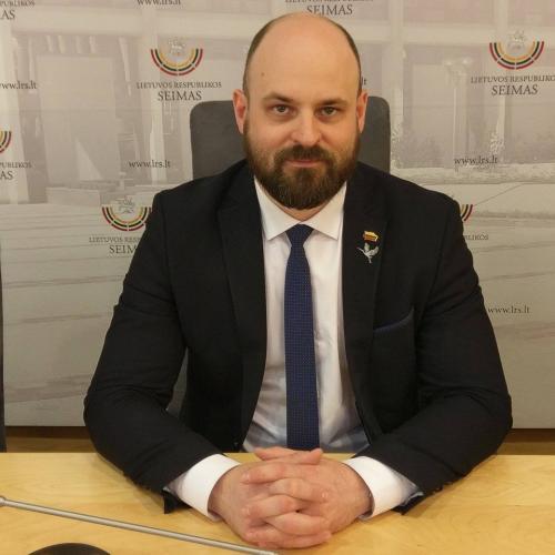 Keletas klausimų Seimo nariui Laurui Stacevičiui (II)