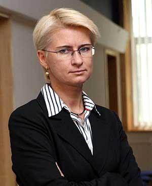 Skandalingi Neringos Venckienės parodymai Čikagos teisme – Dalia Grybauskaitė telefonu reikalavo atstatydinti mane iš teisėjos pareigų, kiti teisėjai mano vardu nagrinėjo bylas…