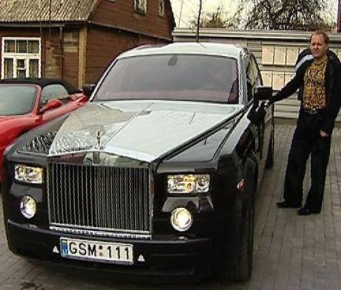 Milijonierius A. Vinkleris turtus susikrovė užgrobęs verslo partnerio turtą?