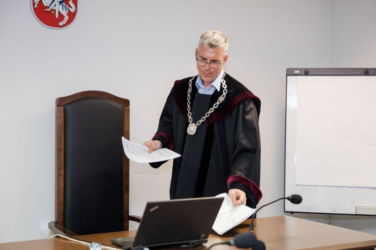 Advokato Žilvino Kvietkaus sūnaus žudikas teisme nepasirodė