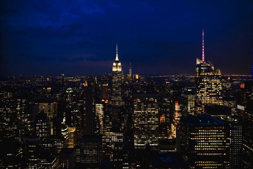 Kas įvyko Niujorke per Franko Sinatros gimtadienį ir kaip Taimso aikštė susijusi su Londonu?