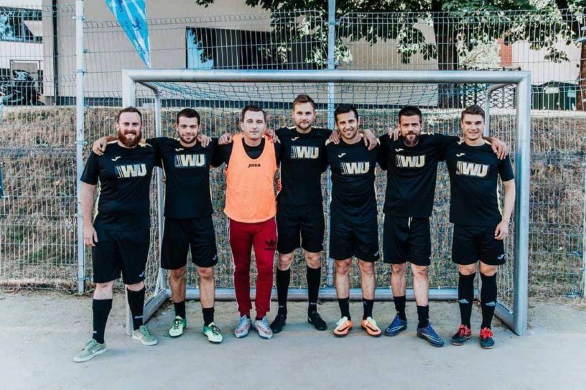 Vilniuje įsikūrusi tarptautinė futbolo komanda prognozuoja, jog FIFA taurė keliaus į Prancūziją