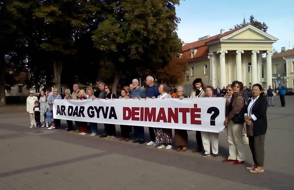 Deimantės šmėkla persekioja Dalią Grybauskaitę