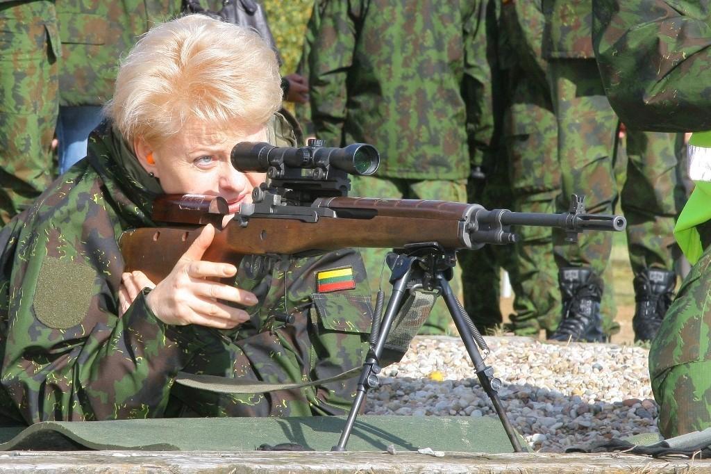 Ar Lietuvos kariuomenė šaudys į savo tautą?