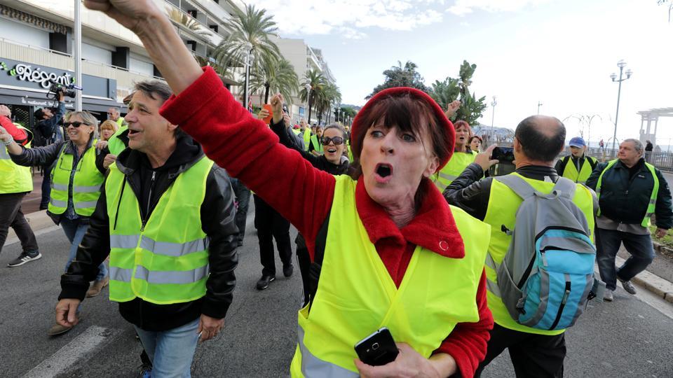 Kodėl Prancūzijoje protestuoja išskirtinai baltieji?