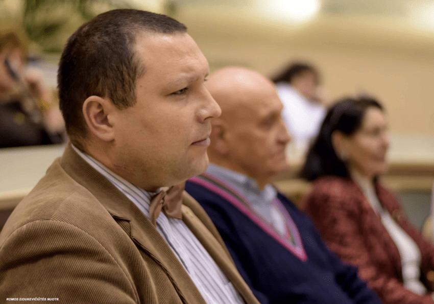 """Lino Pernavo publika – kaip """"teisės magistras"""" Andrius Krivickas tapo bajoru vadovu"""