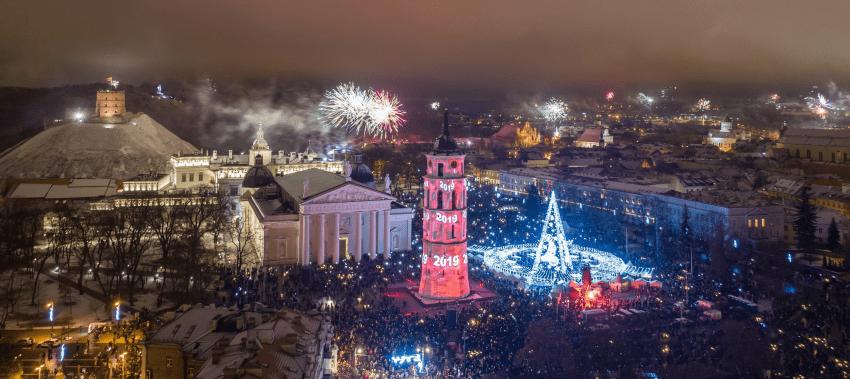Pamatykite, kaip įspūdingai Vilnius pasitiko 2019 metus