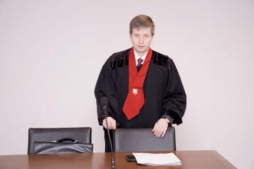 Prokuratūra : ne įmonės savininkas, tačiau iš įmonės vagiantys asmenys laikomi tos įmonės turtu suinteresuotais asmenimis