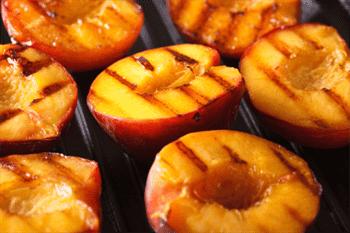 Vegetariški bei veganiški patiekalai, kuriuos lengvai pasigaminsite ant grilio