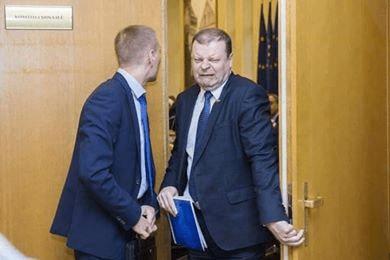 """Premjero S.Skvernelio planas – """"chuliganas"""", kaip iš biudžeto pavogti 120 mln. eurų"""