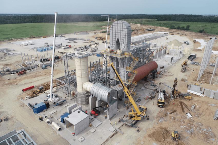 Akmenėje įrengiama viena pajėgiausių Europos medienos drožlių plokštės gamyklų