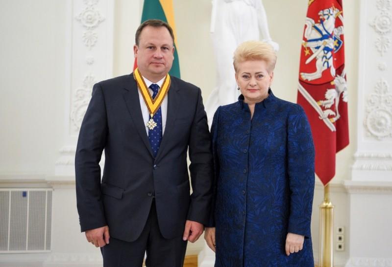 Laikas teisti D.Grybauskaitės į aukštus postus patupdytus banditus