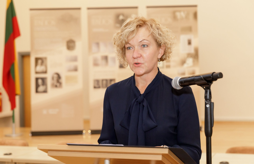 Paskirti S.Rudėnaitę aukščiausiojo teismo pirmininkę Seimą prievartavo pedofilijos bylos stogas A.Valantinas