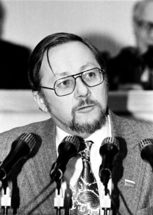Vytauto Landsbergio antikonstituciniai blūdai