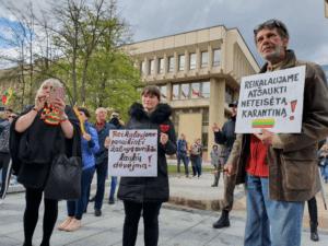LRT : karantiną Lietuvoje nutraukti reikalauja tik liaudies priešai