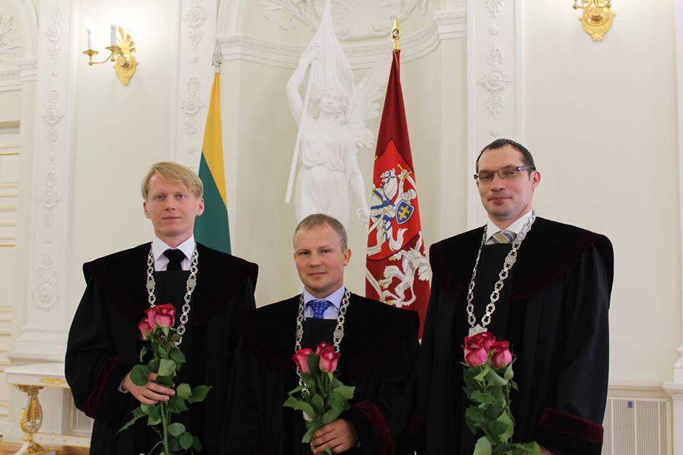 Banditų apvogtiems žmonėms Šiaulių teismas skyrė baudas